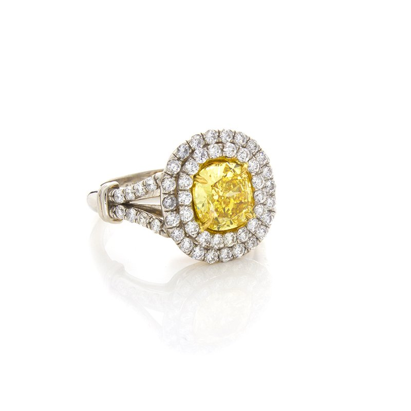 William Levine VIVID YELLOW CUSHION CUT 1.51 CT