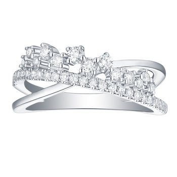 Smiling Rocks 0.47Ct G-H/VS1 Lab Grown Diamond Cross Over Half Eternity Ring