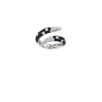 18KT GOLD WHITE DIAMOND AND BLACK  SAPPHIRE COBRA RING
