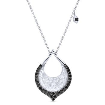 925 Silver Black Spinel Pendant and Fashion Necklace