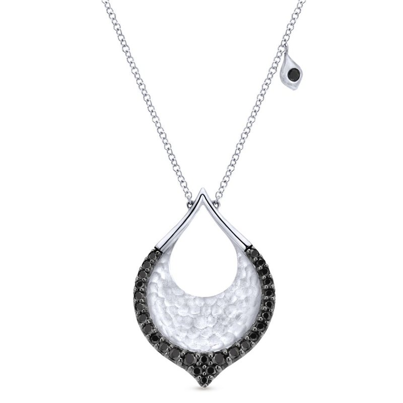 Gabriel Fashion 925 Sterling Silver Black Spinel Fashion Necklace