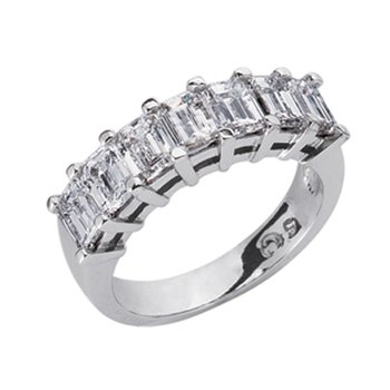 Emerald Cut Diamond Band