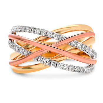 Tri-Colored Overlapping Ring