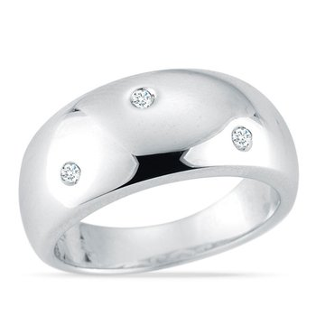 CLASSIC AND CONTEMPORARY RING