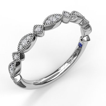 Alternating Marquise and Kite Diamond Band