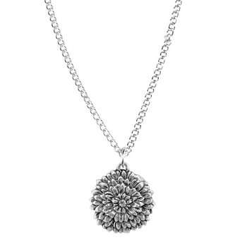 Pendant, November/Chrysanthemum