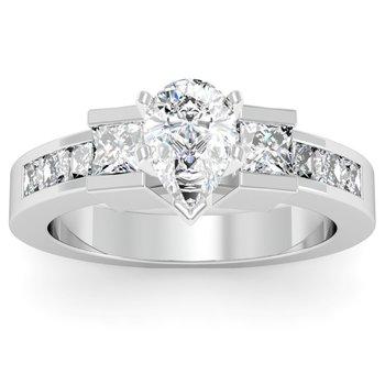 Princess Cut Diamond Engagement Ring