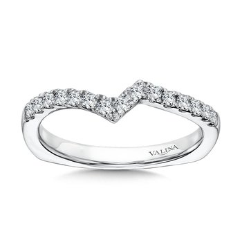 Zig-Zag Diamond Wedding Band