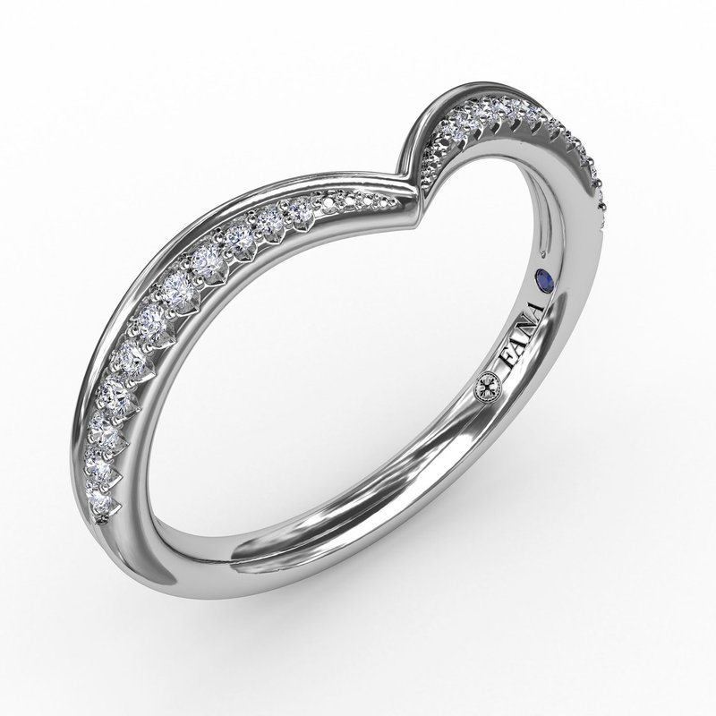 Fana Tapered Shared Prong Chevron Diamond Band