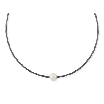 Black Cable Choker Necklace with Fresh Water Pearl
