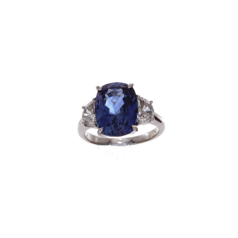William Levine CUSHION BLUE SAPPHIRE RING