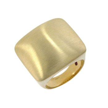 18Kt Gold Square Dome Ring With Satin Finish