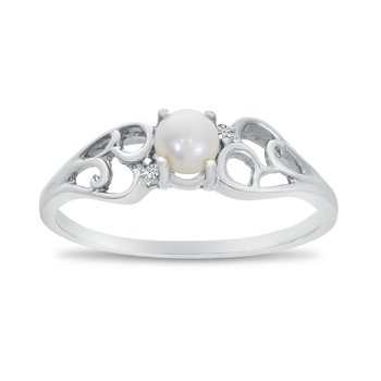 10k White Gold Freshwater Cultured Pearl And Diamond Ring
