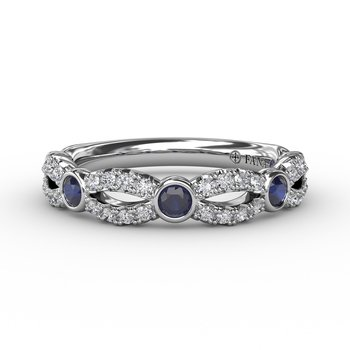 Scalloped ring with Diamonds and Sapphires
