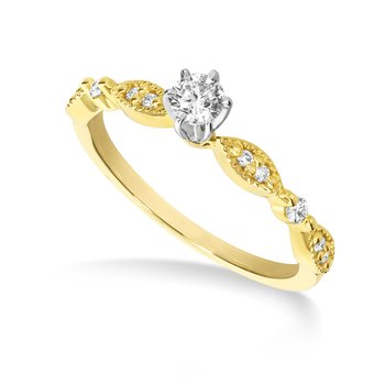Yellow gold & diamond engagement