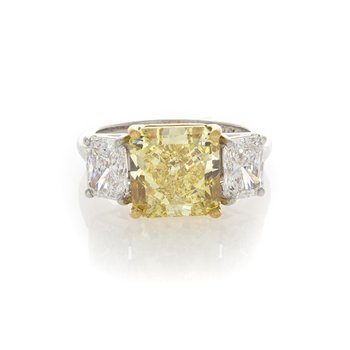 VIVID YELLOW RADIANT CUT 4.60CT