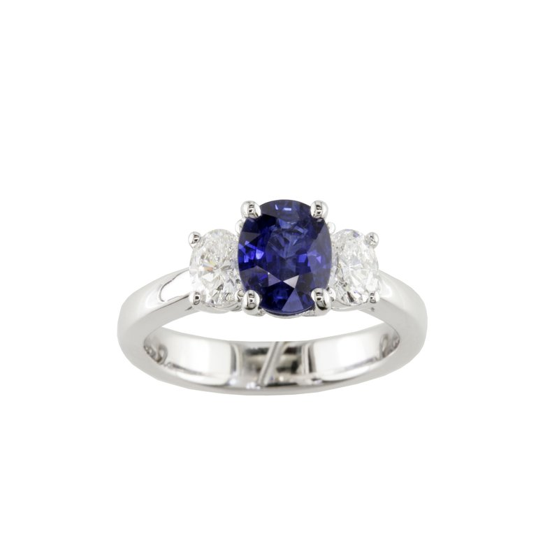 Eichhorn Sapphire And Diamond 3 stone Ring