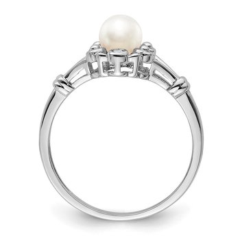 Sterling Silver Rhodium-plated FW Cultured Pearl & Diam. Ring