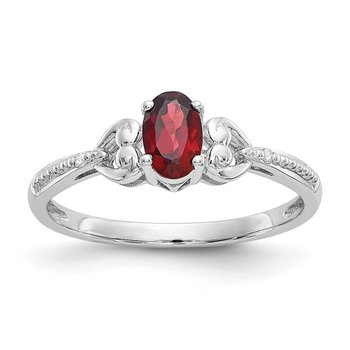 10k White Gold Garnet and Diamond Ring
