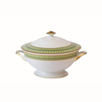 Footed Soup Tureen With Lid