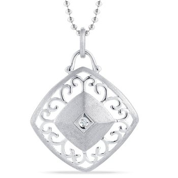 EFFORTLESS ELEGANCE PENDANT