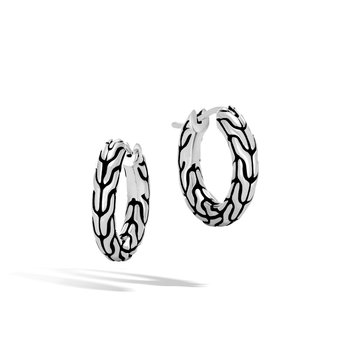 Classic Chain Extra Small Hoop Earring in Silver