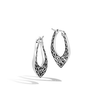 Classic Chain Wave Small Hoop Earring in Silver