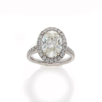 OVAL DIAMOND 3.06 RING
