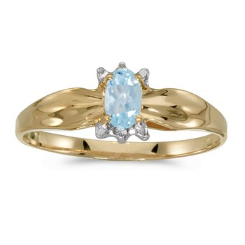 10k Yellow Gold Oval Aquamarine And Diamond Ring