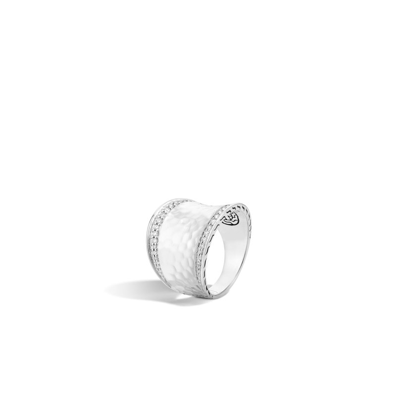 JOHN HARDY Classic Chain Saddle Ring in Hammered Silver with Diamonds