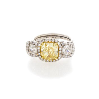 FANCY YELLOW CUSHION CUT 2.53 CT