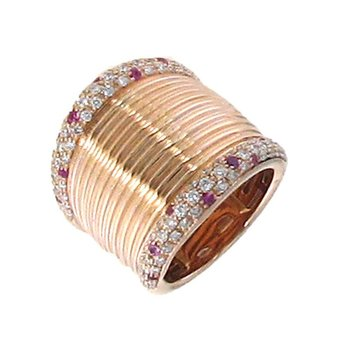 18Kt Rose Gold White Diamond And Yellow Sapphire Ring