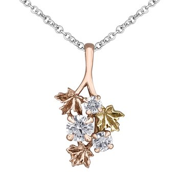 Maple Leaf Diamonds™ Pendant