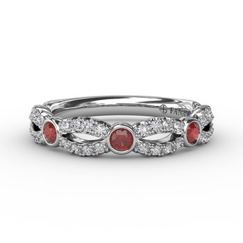 Scalloped ring with Diamonds and Rubies
