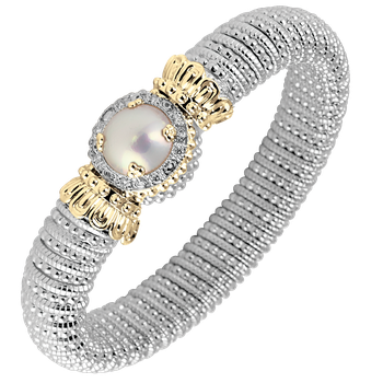 Halo diamond and Pearl bracelet