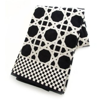 Trellis Bath Sheet - Black