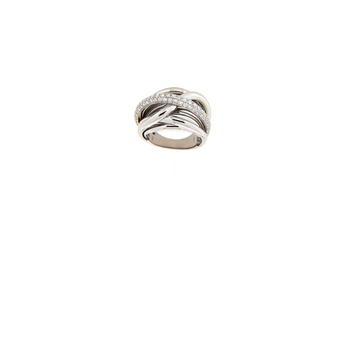 18Kt Gold Diamond Twist Ring
