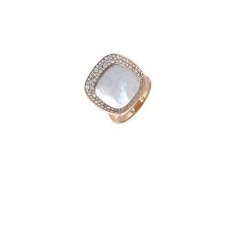 18Kt Rose Gold Ring With Diamonds And Mother Of Pearl