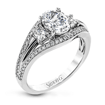NR529 ENGAGEMENT RING