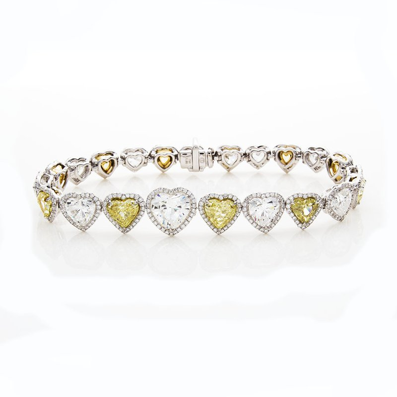 William Levine YELLOW AND WHITE HEART SHAPE DIAMOND BRACELET