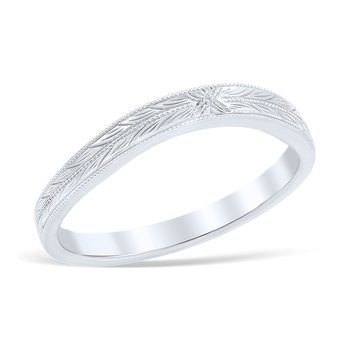 Sweeping Lace Wedding Ring