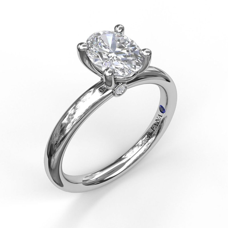 Fana Classic Oval Cut Solitaire