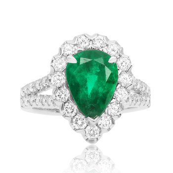 Pear-shaped Emerald & Diamond Ring