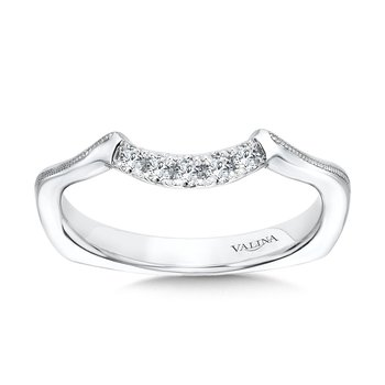 Curved Milgrain Diamond Wedding Band