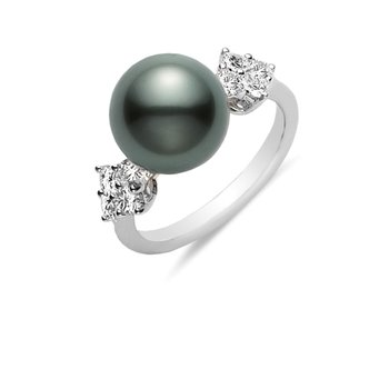 Classic Elegance Black South Sea Cultured Pearl Ring
