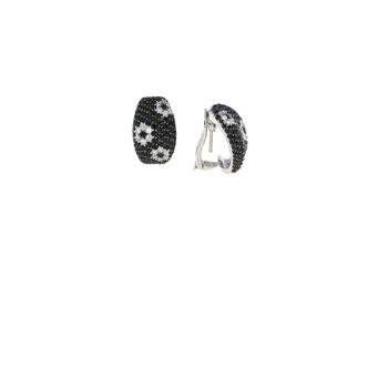 18KT GOLD WHITE DIAMOND AND BLACK SAPPHIRE EARRINGS