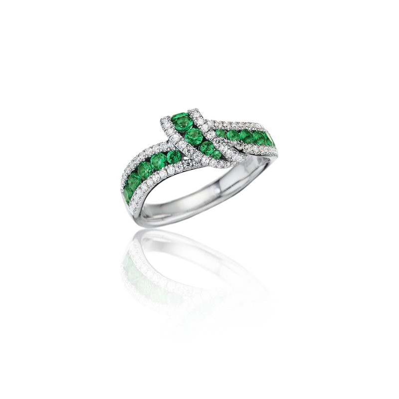 Fana Wrap Me Up Emerald and Diamond Twist Ring