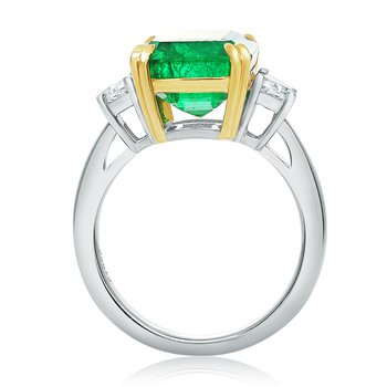 Platinum Emerald Side Stone Ring