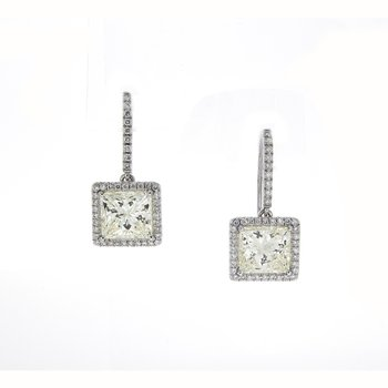 PRINCESS CUT DIAMOND EARRINGS 4.17 CTTW