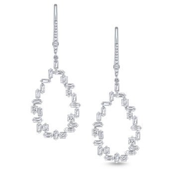 Diamond Metropolis Frame Earrings Set in 14 Kt. Gold